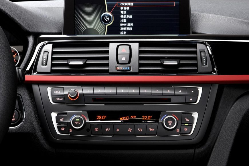 THINGS YOU NEED TO KNOW WHILE SELECTING A SOUND SYSTEM FOR YOUR CAR
