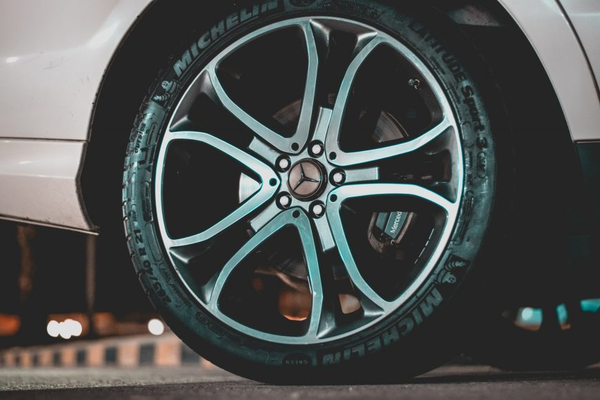 5 Reasons You Should Not Be Driving With Faulty Brake Pads